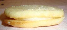 Picture of lemon sandwich cookie