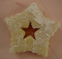 Picture of linzer cookie