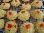 picture of coconut macaroons
